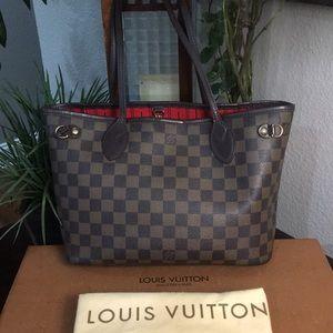Authentic Louis Vuitton Neverful w dustbag